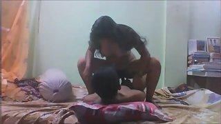 Indian Sex Movies Present Urmila GF Porn