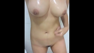 Punjabi Sexy GF Playing With Boobs In Shower