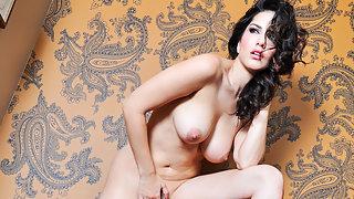 Indian Porn Actress Sunny Leone XXX Porn